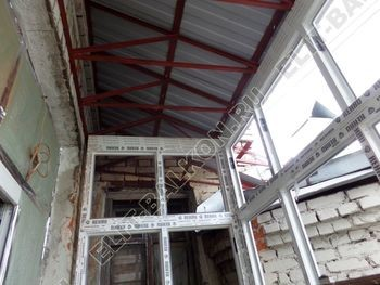 osteklenie balkona PVH s kryshej 19 387x291 - Фото остекления одного балкона № 27