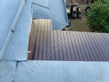 osteklenie balkona PVH s kryshej 23 387x291 - Фото остекления одного балкона № 27