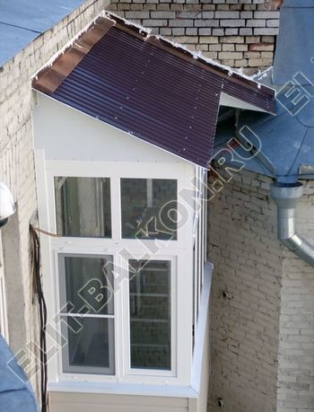 osteklenie balkona PVH s kryshej 25 387x291 - Фото остекления одного балкона № 27
