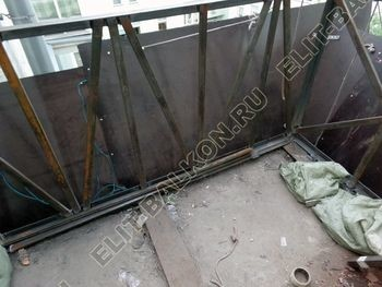 osteklenie balkona PVH s kryshej 6 387x291 - Фото остекления одного балкона № 27