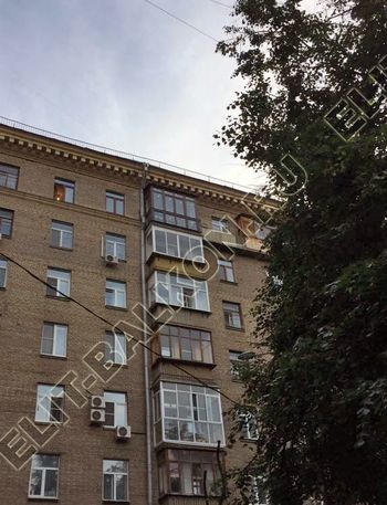 osteklenie balkona ot pola do potolka i kovanaja reshetka 17 387x291 - Фото остекления одного балкона № 26