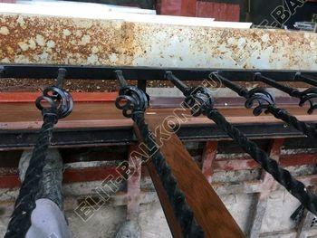 osteklenie balkona ot pola do potolka i kovanaja reshetka 2 387x291 - Фото остекления одного балкона № 26