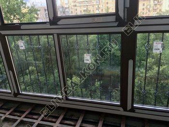 osteklenie balkona ot pola do potolka i kovanaja reshetka 4 387x291 - Фото остекления одного балкона № 26