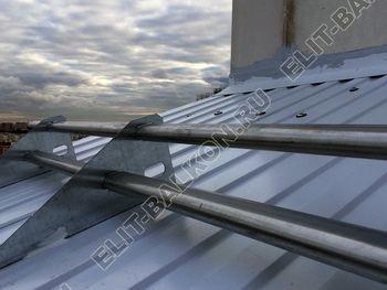 osteklenie otdelka balkona PVH s kryshej 6 387x291 - Фото остекления одного балкона № 31