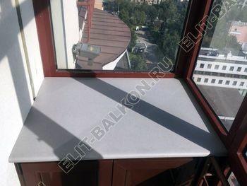shkaf na balkone pod konditsioner3 387x291 - Фото остекления одного балкона № 28