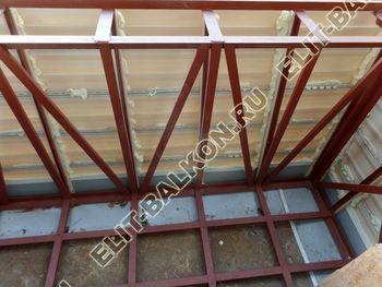 ukreplenie balkona s vynosom i falshkrovlja14 387x291 - Фото остекления одного балкона № 30