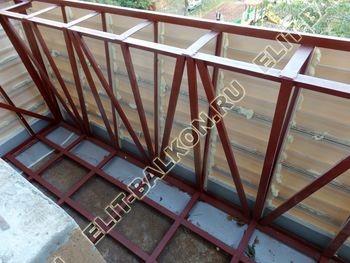 ukreplenie balkona s vynosom i falshkrovlja15 387x291 - Фото остекления одного балкона № 30