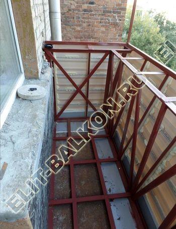 ukreplenie balkona s vynosom i falshkrovlja16 387x291 - Фото остекления одного балкона № 30