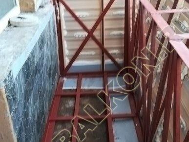Фото остекления одного балкона № 30