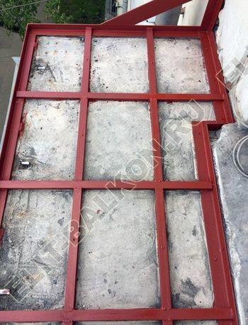 Фото остекления одного балкона № 29