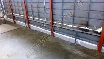 osteklenie lodzhii slajdors s otdelkoj i sohraneniem pozharnoj lestnitsy11 387x291 - Фото остекления одного балкона № 35