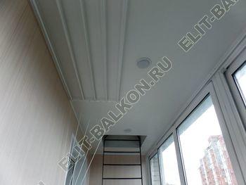 osteklenie lodzhii slajdors s otdelkoj i sohraneniem pozharnoj lestnitsy21 387x291 - Фото остекления одного балкона № 35