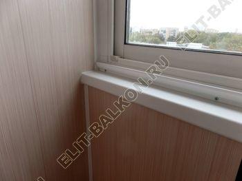 osteklenie lodzhii slajdors s otdelkoj i sohraneniem pozharnoj lestnitsy24 387x291 - Фото остекления одного балкона № 35