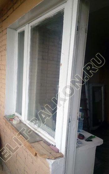 osteklenie lodzhii slajdors s otdelkoj i sohraneniem pozharnoj lestnitsy3 387x291 - Фото остекления одного балкона № 35
