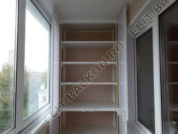osteklenie lodzhii slajdors s otdelkoj i sohraneniem pozharnoj lestnitsy37 387x291 - Фото остекления одного балкона № 35