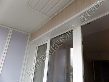 osteklenie lodzhii slajdors s otdelkoj i sohraneniem pozharnoj lestnitsy42 387x291 - Фото остекления одного балкона № 35
