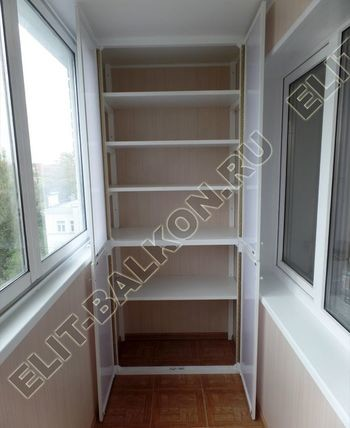 osteklenie lodzhii slajdors s otdelkoj i sohraneniem pozharnoj lestnitsy44 387x291 - Фото остекления одного балкона № 35