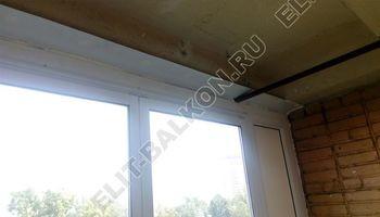 osteklenie lodzhii slajdors s otdelkoj i sohraneniem pozharnoj lestnitsy9 387x291 - Фото остекления одного балкона № 35