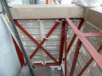osteklenie otdelka balkona PVH s kryshej 28 387x291 - Фото остекления одного балкона № 34