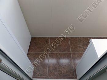osteklenie otdelka balkona PVH s kryshej 30 387x291 - Фото остекления одного балкона № 34
