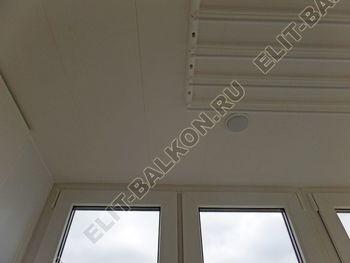 osteklenie otdelka balkona PVH s kryshej 36 387x291 - Фото остекления одного балкона № 34