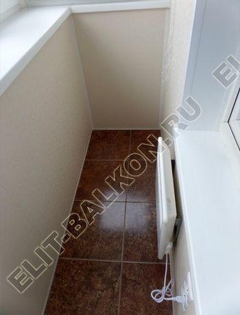 osteklenie otdelka balkona PVH s kryshej 37 387x291 - Фото остекления одного балкона № 34