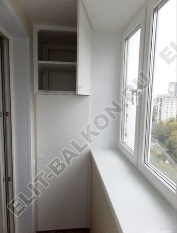 osteklenie otdelka balkona PVH s kryshej 47 387x291 - Фото остекления одного балкона № 34