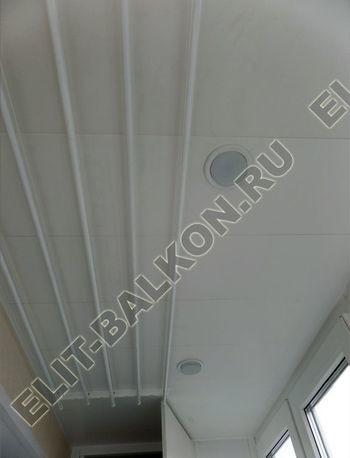 osteklenie otdelka balkona PVH s kryshej 49 387x291 - Фото остекления одного балкона № 34