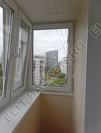 osteklenie otdelka balkona PVH s kryshej 57 387x291 - Фото остекления одного балкона № 34