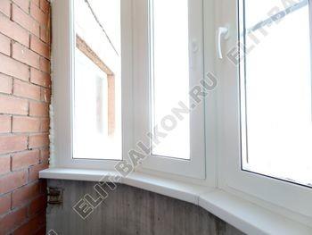 osteklenie zakruglennoj lodzhii pvh14 387x291 - Фото остекления окон № 37