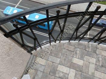 ukreplenie balkonnoj plity gidroizoljatsija ukladka plitki22 387x291 - Фото остекления окон № 38