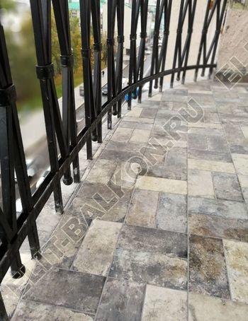 ukreplenie balkonnoj plity gidroizoljatsija ukladka plitki8 387x291 - Фото остекления окон № 38