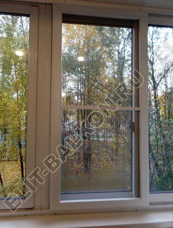 osteklenie lodjii PVH vnutrennyaya otdelka shkaf6 387x291 - Фото остекления лоджии № 41
