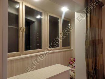 osteklenie lodzhii s vnutrennej otdelkoj obiedinenie s komnatoj teplyj pol12 387x291 - Фото остекления балкона № 43