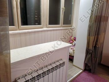 osteklenie lodzhii s vnutrennej otdelkoj obiedinenie s komnatoj teplyj pol13 387x291 - Фото остекления балкона № 43