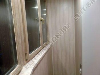 osteklenie lodzhii s vnutrennej otdelkoj obiedinenie s komnatoj teplyj pol6 387x291 - Фото остекления балкона № 43