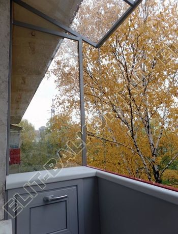 Balkon bez osteklenija krysha iz polikarbonata16 387x291 - Фото остекления балкона № 44