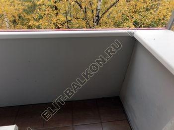 Balkon bez osteklenija krysha iz polikarbonata6 387x291 - Фото остекления балкона № 44