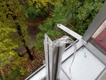 Balkon bez osteklenija krysha iz polikarbonata7 387x291 - Фото остекления балкона № 44