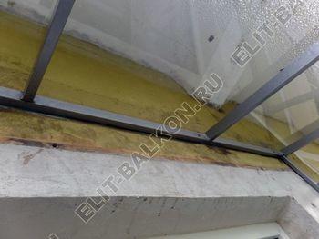 Balkon bez osteklenija krysha iz polikarbonata8 387x291 - Фото остекления балкона № 44