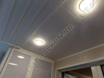 osteklenie lodjii PVH vnutrennyaya otdelka shkaf16 387x291 - Электрика на балконах