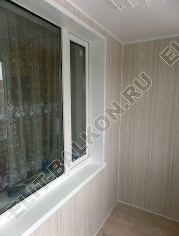 osteklenie lodzhii pvh otdelka osveschenie potolochnaja sushka6 387x291 - Фото остекления балкона № 46