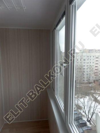 osteklenie lodzhii pvh otdelka osveschenie potolochnaja sushka8 387x291 - Фото остекления балкона № 46