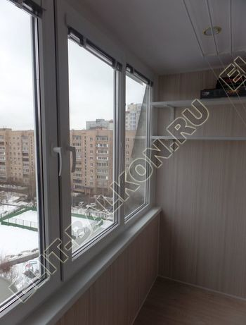 osteklenie lodzhii pvh otdelka osveschenie potolochnaja sushka9 387x291 - Фото остекления балкона № 46