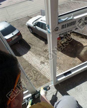 Balkon osteklennyj PVH ot pola do potolka 6 387x291 - Фото остекления балкона № 53