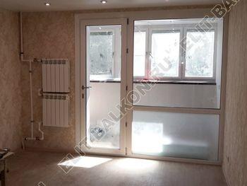 Osteklenie PVH lodzhii s betonnym parapetom vynos otdelka 17 387x291 - Фото остекления балкона № 52