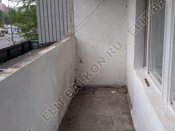 Osteklenie PVH lodzhii s betonnym parapetom vynos otdelka 2 1 387x291 - Фото остекления балкона № 52
