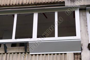 Osteklenie PVH lodzhii s betonnym parapetom vynos otdelka 25 387x291 - Фото остекления балкона № 52