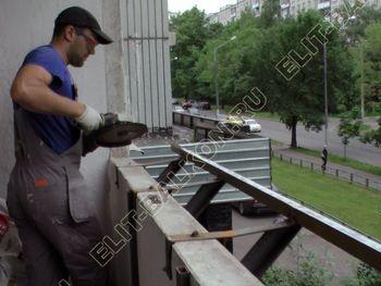 Osteklenie PVH lodzhii s betonnym parapetom vynos otdelka 40 387x291 - Фото остекления балкона № 52