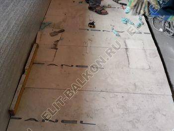 Osteklenie PVH lodzhii s betonnym parapetom vynos otdelka 8 1 387x291 - Фото остекления балкона № 52